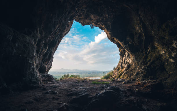 The Cave – Foto