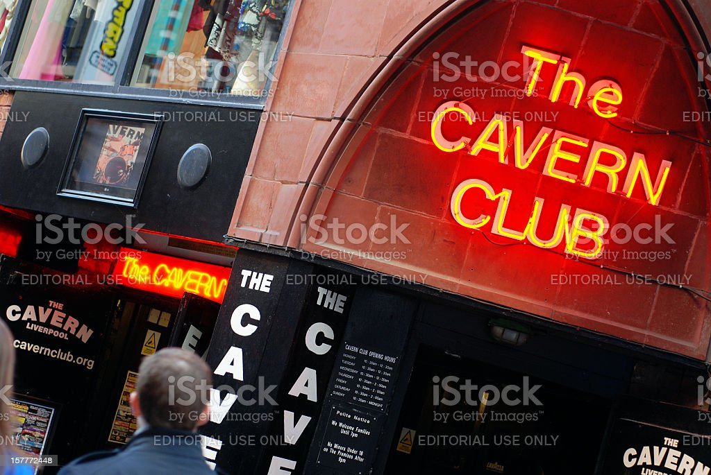 The Cavern club en Liverpool Mathew Street. - foto de stock
