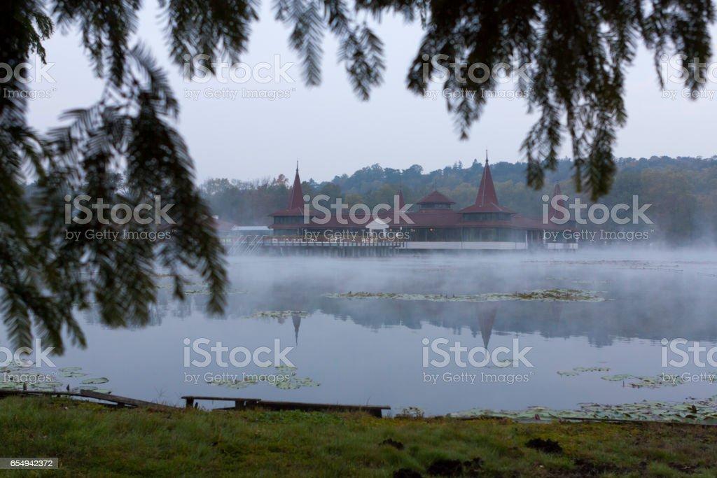 17.10.2010 die zentrale Gesundheit Komplex auf dem See in der Stadt Heviz. Ungarn. – Foto