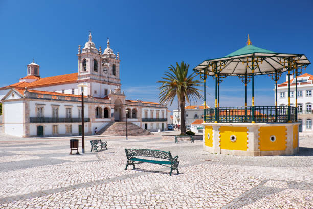 Der zentrale Platz von Nazare. Portugal – Foto