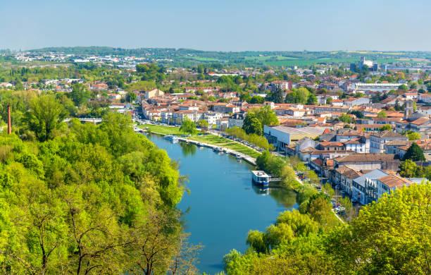 Le fleuve Charente à Angouleme, France - Photo