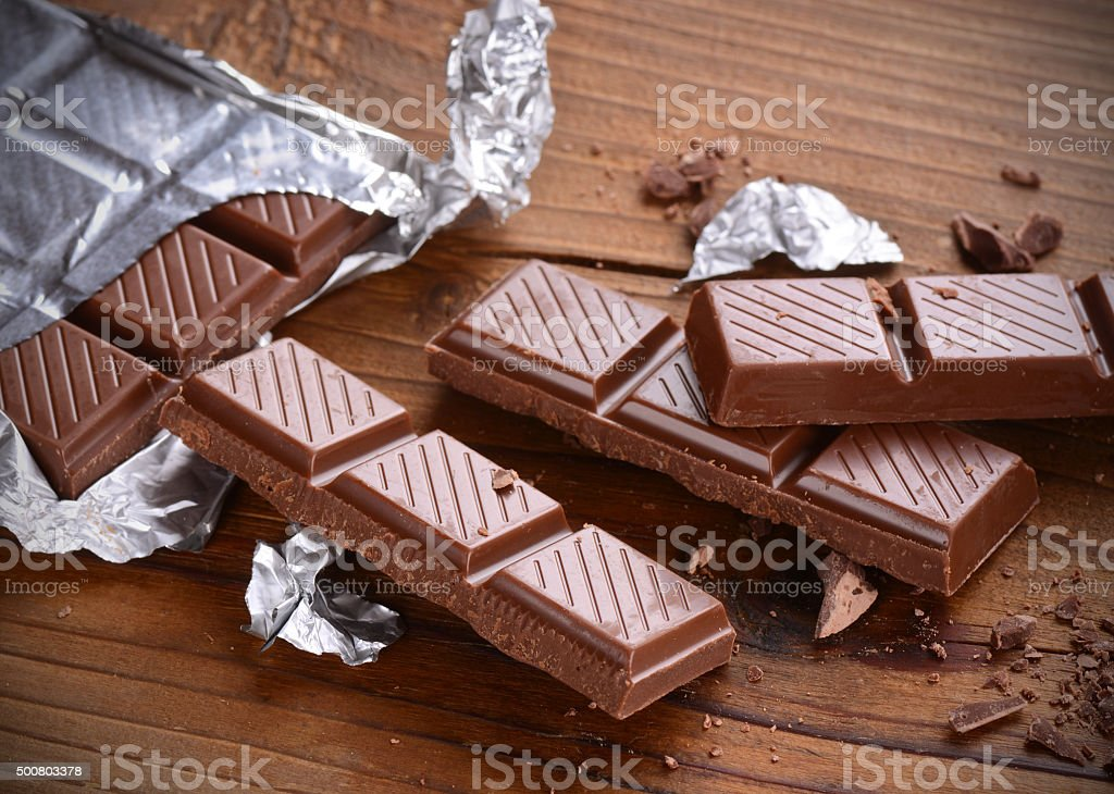 La barra de chocolate - foto de stock