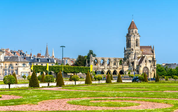 the church of saint-etienne-le-vieux in caen, france - caen stock pictures, royalty-free photos & images