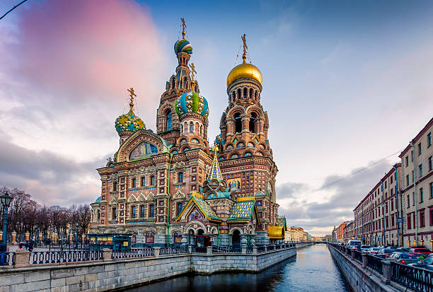 the church of the savior on spilled blood - russia stock pictures, royalty-free photos & images