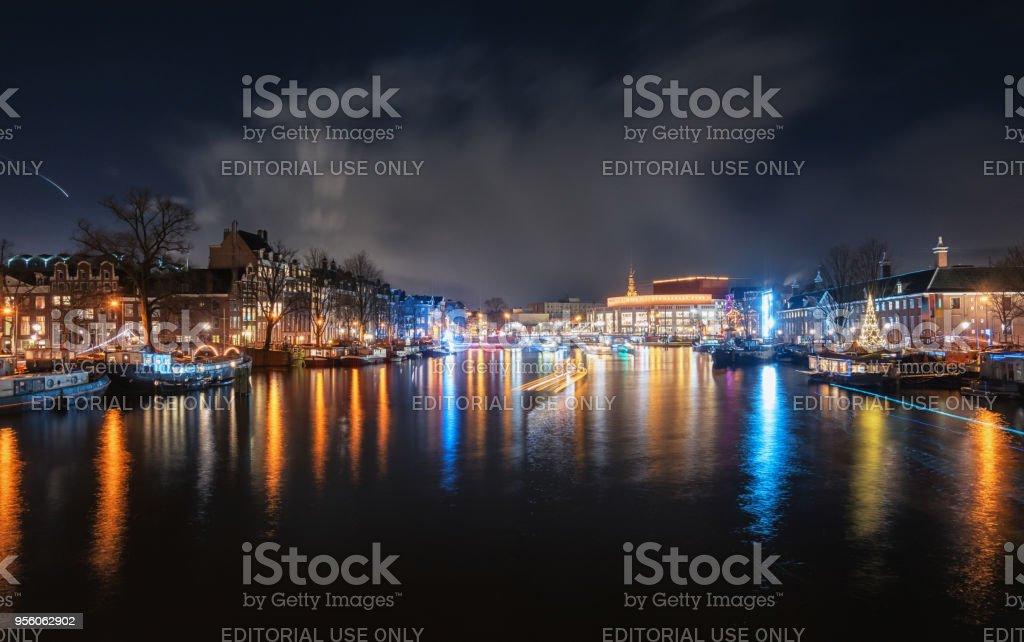 L'hôtel de ville et l'opéra, appelé à Amsterdam - Photo