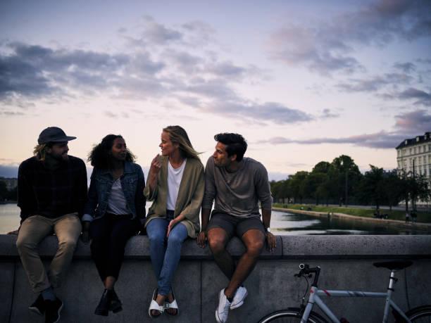 Die Stadt ist immer besser mit Freunden – Foto