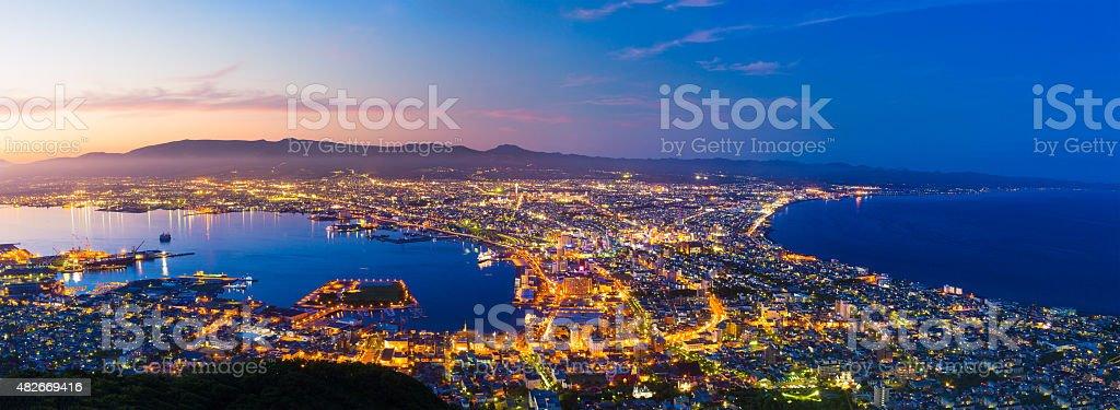 Die Stadt Hakodate, panorama in der Abenddämmerung – Foto