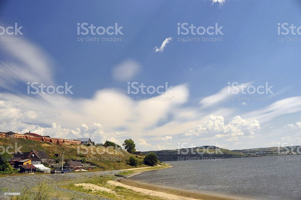 The city of Svijazhsk. River bank Volga royaltyfri bildbanksbilder