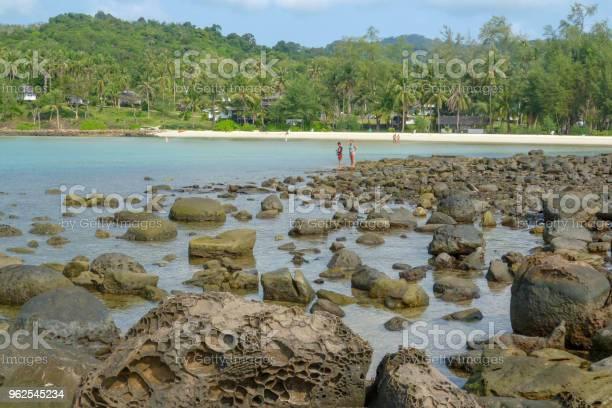 Foto de A Ilha Da Costa De Koh Kood e mais fotos de stock de Areia