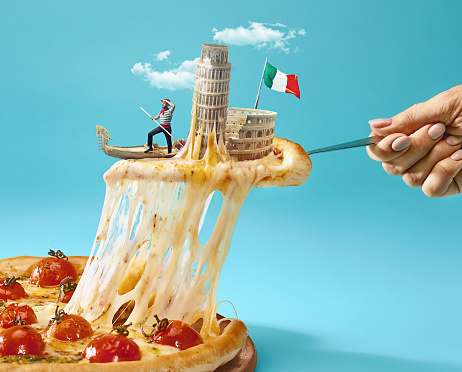 The collage about Italy with female hand, gondolier, pizza and and major sights