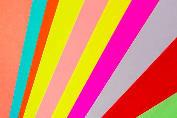 Die Farbe des Papiers die Geometrie eines flachen Zusammensetzung Hintergrund in bunten Tönen – Foto