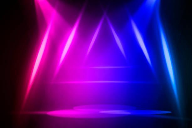 konserten på scen bakgrund med översvämning ljus - disco lights bildbanksfoton och bilder