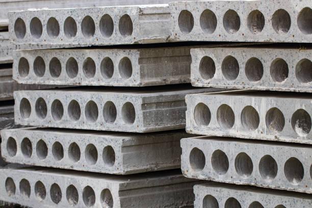 철근 콘크리트 슬라브의 건설입니다. 클로즈업 - 속이 빈 뉴스 사진 이미지