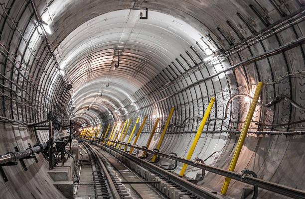 a construção do metrô, túnel - operário de construção - fotografias e filmes do acervo