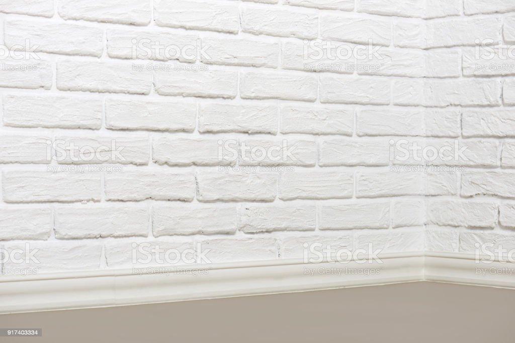 Fußboden Aus Ziegel ~ Die ecke des raumes mit weißer wand und fußboden abstrakten