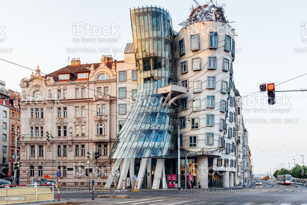 The Dancing House in Prague, Czech Republic Prague, Czech Republich - August 4, 2018: The Dancing House in the center of Prague, Czech republic. The building was designed by Vlado Milunic and Frank Gehry, built in 1996. Architect Stock Photo