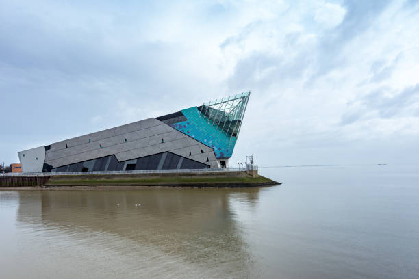 the deep, an aquarium in hull, england. exterior view - hull stock pictures, royalty-free photos & images