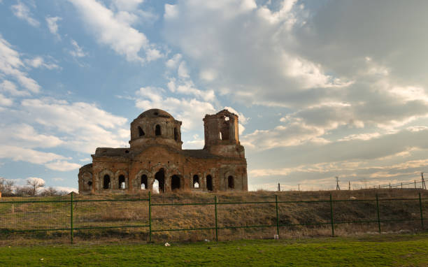 The destroyed church Sacred Surb-Karapeta John Predteche in the farm Nesvetay. Rostov-na-Donu region. Russia The destroyed church Sacred Surb-Karapeta (John Predteche) in the farm Nesvetay. Rostov region. Russia armenian genocide stock pictures, royalty-free photos & images