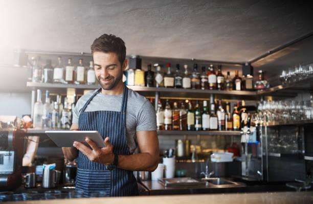 The digital bartender picture id1081719666?b=1&k=6&m=1081719666&s=612x612&w=0&h=hhmaqr pzgulnlmcyceqa73uukxcd251xpzvpk1txni=