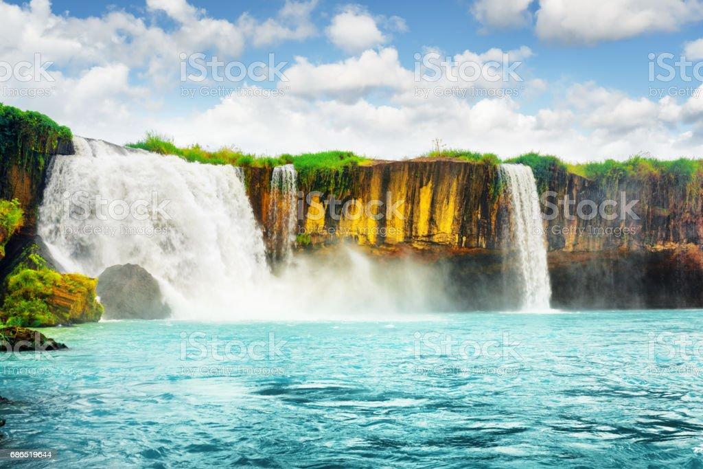 De Dray Nur waterval op de rivier de Serepok, Dak Lak royalty free stockfoto