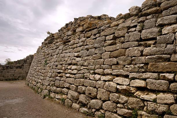 East Wall Of Troy – Foto