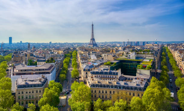 The Eiffel Tower and Paris, France from the Arc de Triomphe A view of the Eiffel Tower and Paris, France from the Arc de Triomphe. ile de france stock pictures, royalty-free photos & images