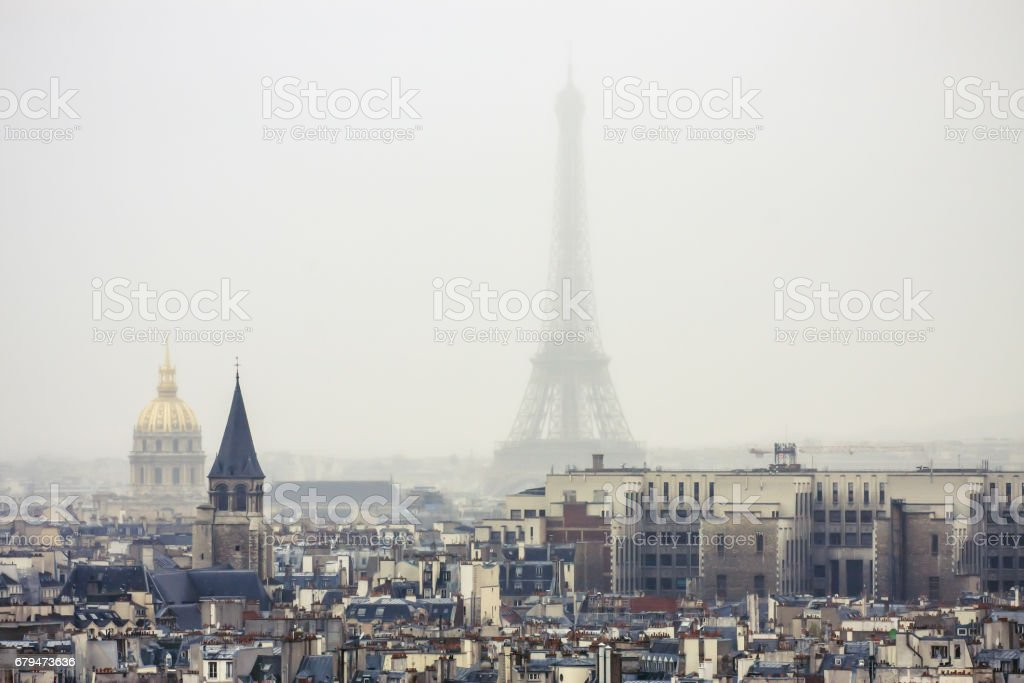 The Eiffel Tower in the Fog 免版稅 stock photo