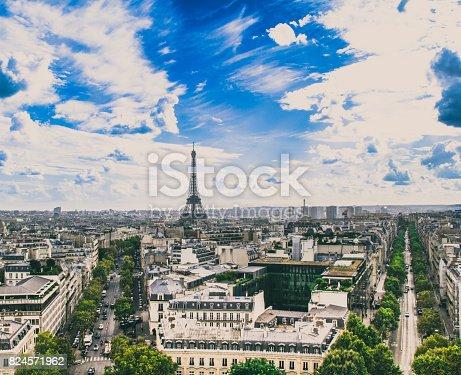istock Paris, France - September 25, 2016: The Eiffel Tower 824571962