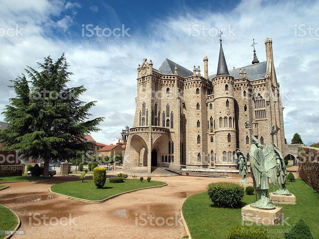 El Episcopal palacio de Astorga, España - foto de stock