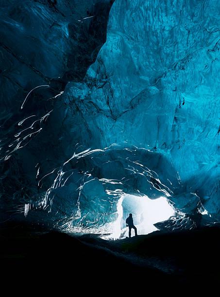 이 explorer - 동굴 뉴스 사진 이미지