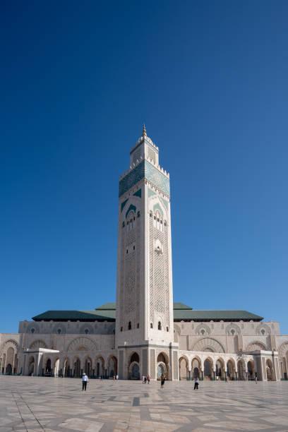 晴れた日にモロッコのカサブランカにマラケシュ市ハッサン 2 世の外部ビュー ストックフォト