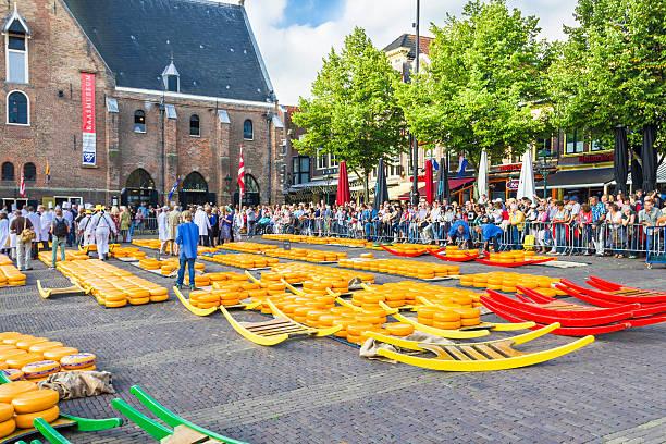 Der berühmte Alkmaar Cheese Market in den Niederlanden – Foto