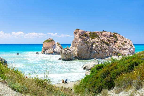 Der berühmte Strand von Aphrodite es Rock oder Venus-Felsen, Petra tou Romiou, Zypern – Foto