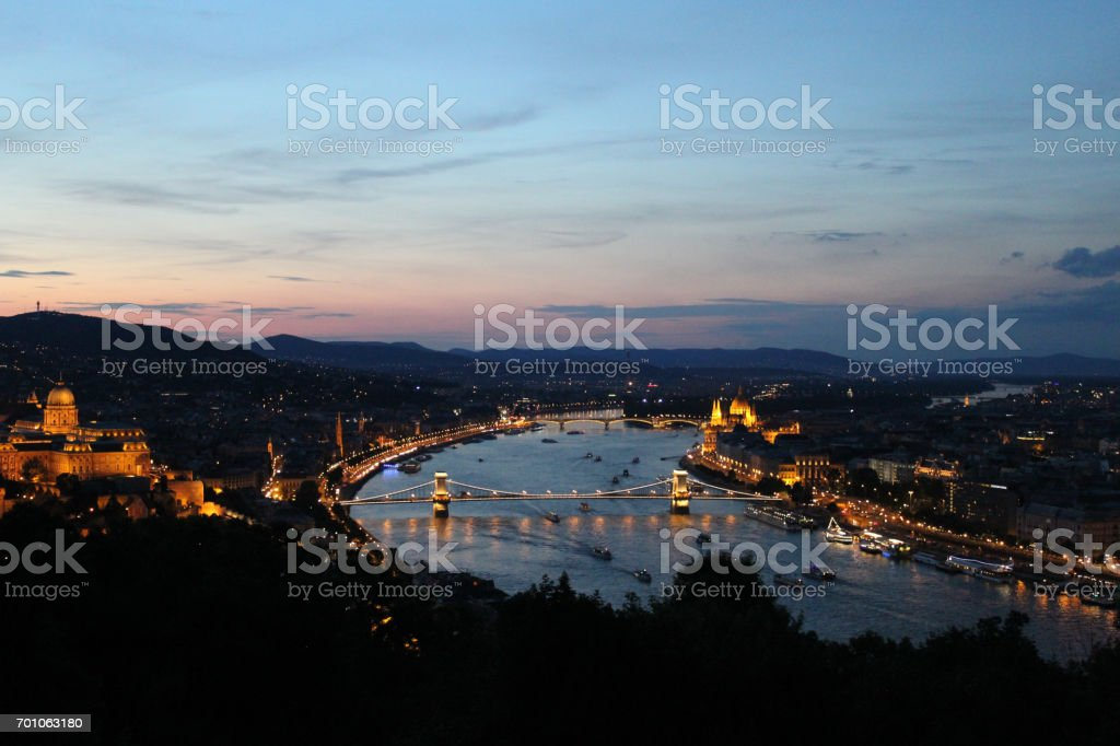 The famous Chain Bridge at night in Budapest, Hungary stock photo
