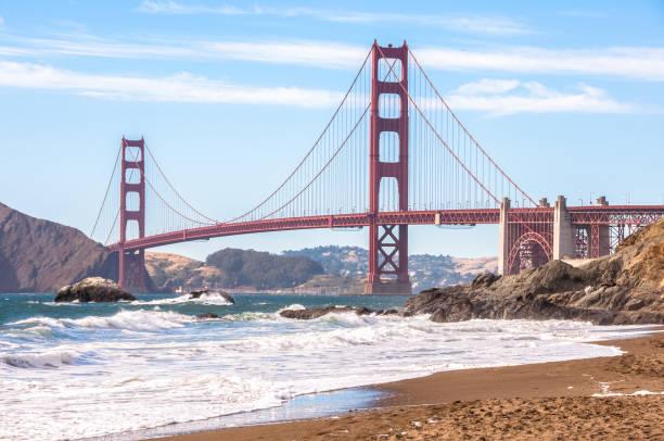 Die berühmte Golden Gate Bridge - eine der Weltsehenswürdigkeiten in San Francisco Kalifornien – Foto