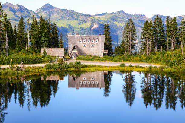 O Chalet Firs no Monte Baker, estado de Washington-EUA - foto de acervo