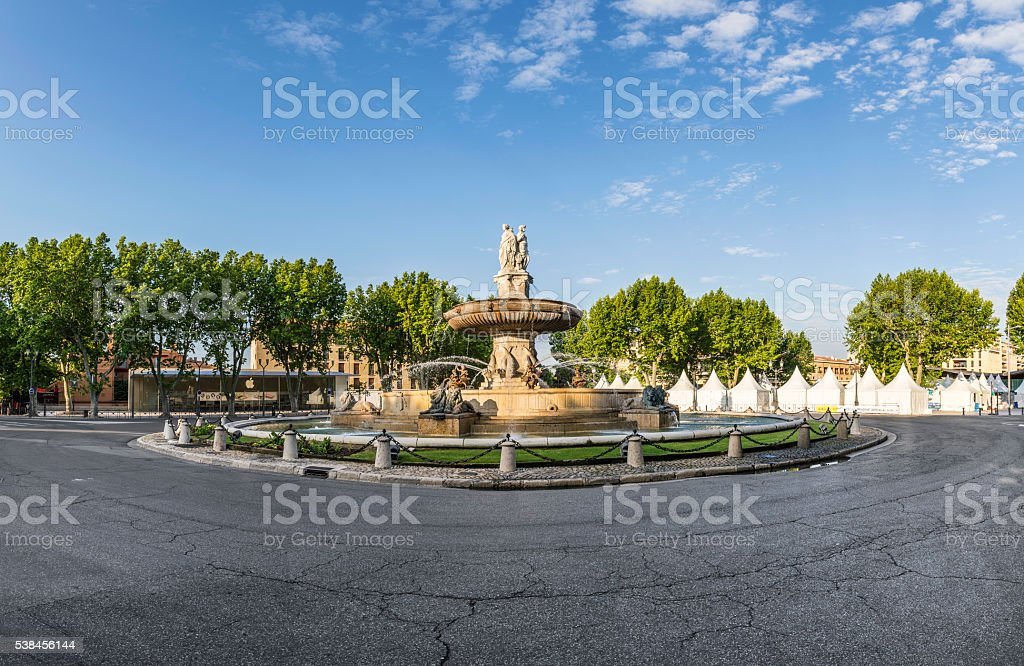 la Fontaine de la Rotonde Fontaine - Photo