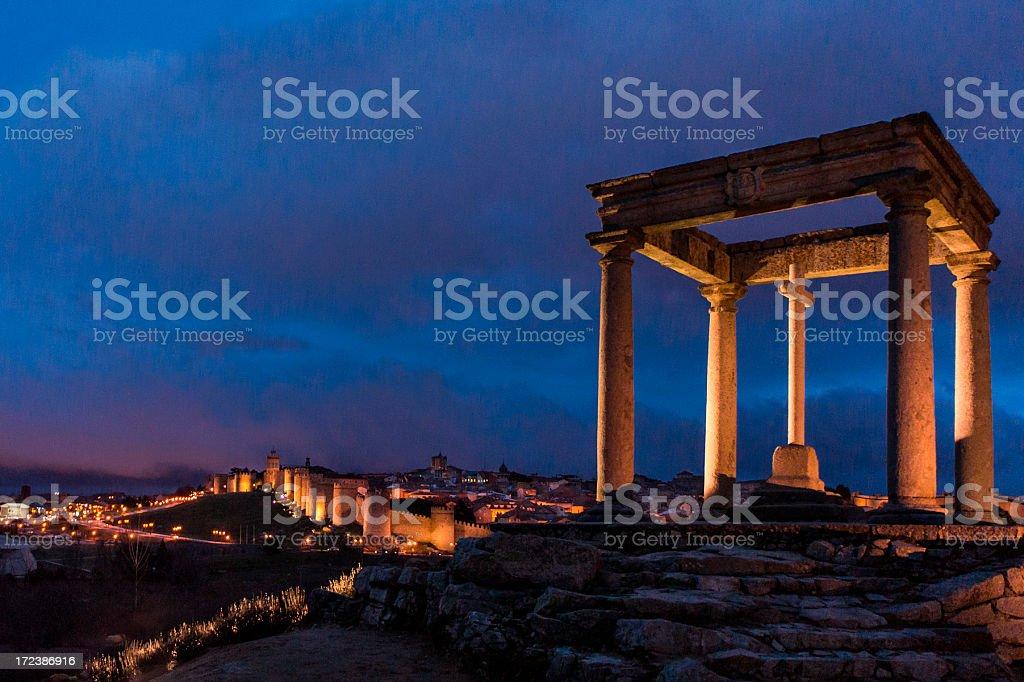 Los cuatro postes/Ávila - foto de stock