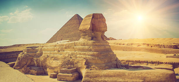 das gesamte profil des groß sphinx. gizeh. - wunder stock-fotos und bilder