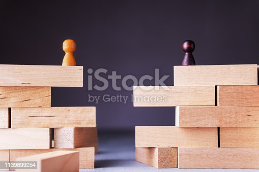Business concept, disagreement, dispute, collapse. The gap between two people. Obstacle to the merger.