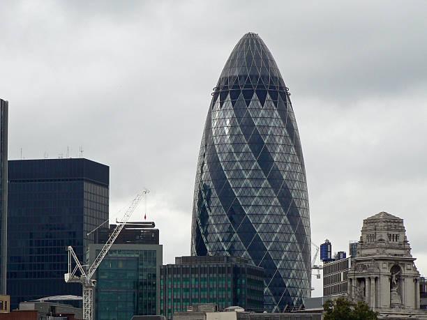 Die Gherkin und City of London, London, GB – Foto