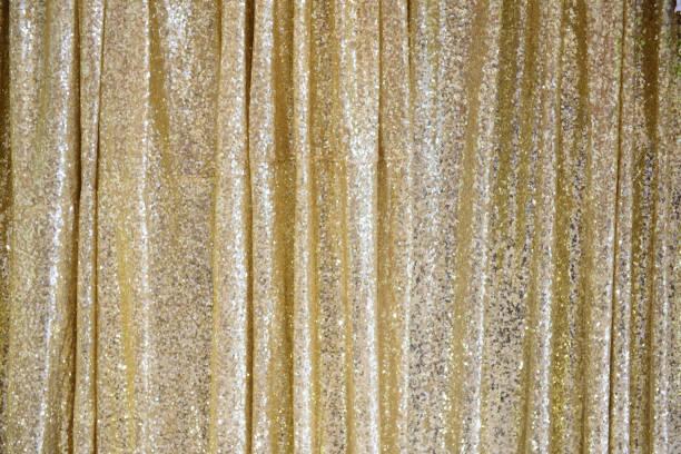 金色のきらびやかなカーテン - glitter curtain ストックフォトと画像