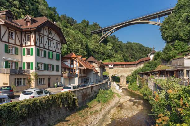 Le pont de Gotteron sous la rivière Galtera - Fribourg - Suisse - Photo