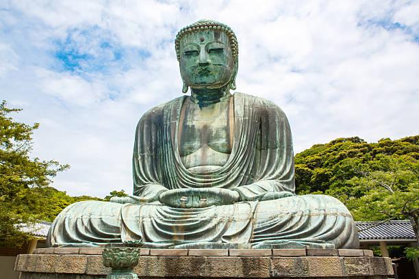 wielkiego buddy w kamakura, japonia. - prefektura kanagawa zdjęcia i obrazy z banku zdjęć