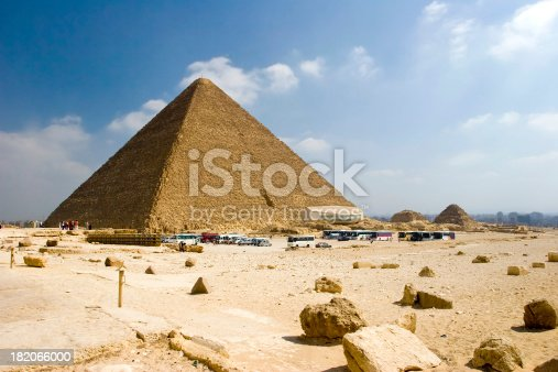 istock The Great Pyramid 182066000