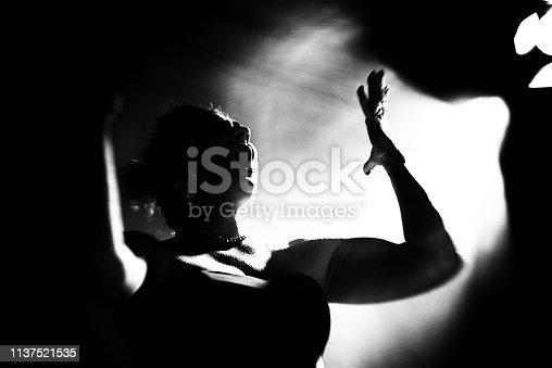 Singer, Nightclub, Jazz, chanson, opera, vintage