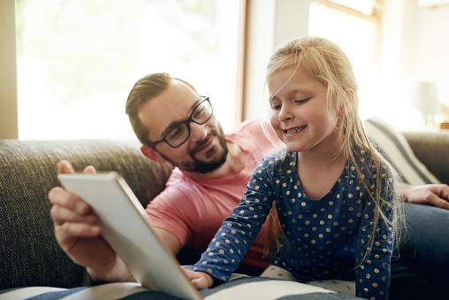 가족 추억에 대 한 좋은 것 들을 만들고는 가정 생활에 대한 스톡 사진 및 기타 이미지