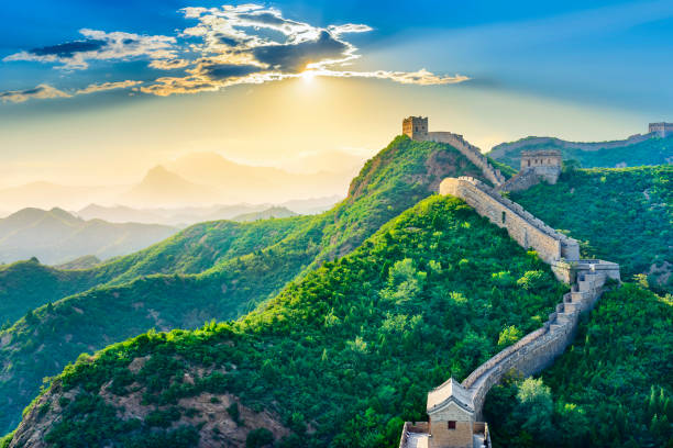 die große mauer von china. - chinesische mauer stock-fotos und bilder