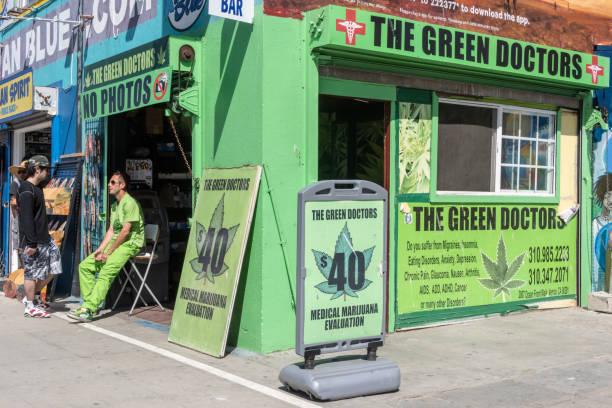recreational dispensaries Denver