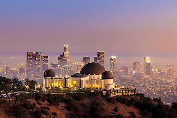 グリフィス天文台では、ロサンゼルスの街並みの - 観測所 ストックフォトと画像